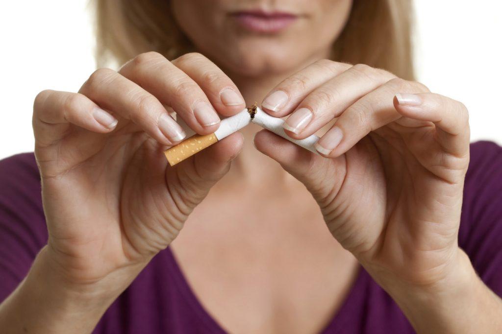 Hipnosis para dejar de fumar en 7 días te ayuda a que lo dejes para definitivamente.