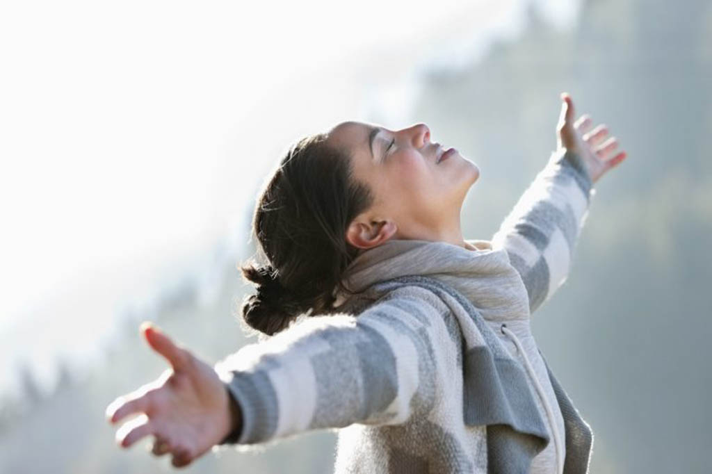 Hipnosis regresiva para reconciliarte con el pasado. Suelta el dolor y ábrete a las bondades del presente con hipnosis regresiva
